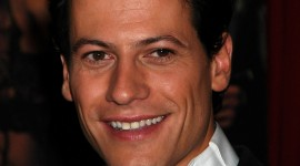 Ioan Gruffudd Wallpaper Background