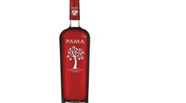 Pomegranate Liqueur Photo Free