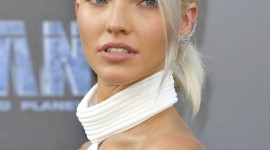 Sasha Luss Wallpaper For IPhone