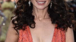 Andie MacDowell Wallpaper For IPhone Free