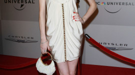 Elyse Levesque Wallpaper For IPhone Download