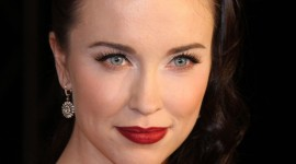 Elyse Levesque Wallpaper For IPhone Free