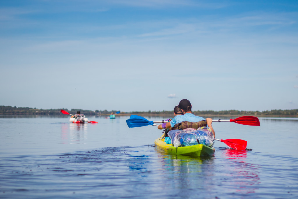 Kayaking On The Lakes wallpapers HD
