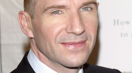 Ralph Fiennes Wallpaper For IPhone Free
