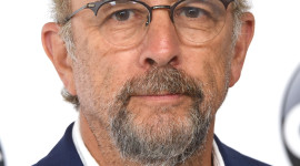 Richard Schiff Wallpaper Download