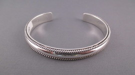 Silver Bracelet High Quality Wallpaper