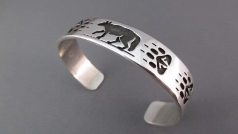 Silver Bracelet wallpapers high quality