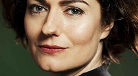 Anna Chancellor Wallpaper For IPhone 6