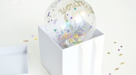 Balloon In A Box Wallpaper For PC