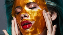 Gold Face Mask Wallpaper Background