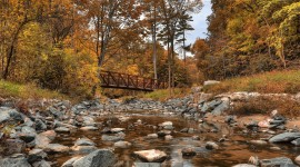 4K Autumn Bridge Photo