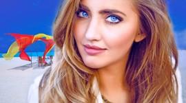 4K Big Blue Eyes Photo Download