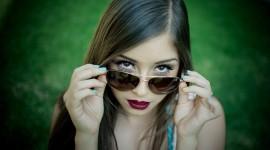 4K Girl Glasses Best Wallpaper