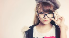 4K Girl Glasses Picture Download