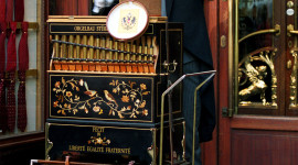 Barrel Organ Wallpaper For IPhone Free