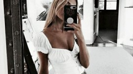Blonde Mirror Wallpaper For Mobile
