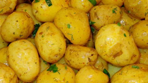 Potato With Herbs wallpapers high quality