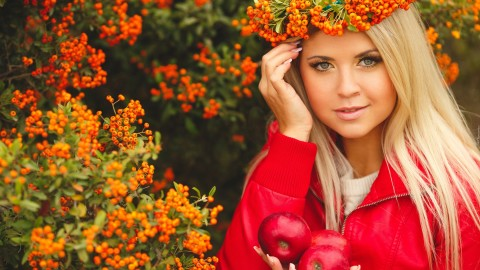 Rowan Wreath Girl wallpapers high quality