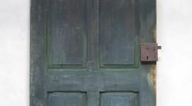 19th Century Door Wallpaper For IPhone 6 Download