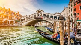 4K Bridge Venice Desktop Wallpaper HD
