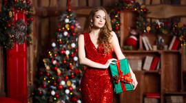 4K Christmas Dresses Wallpaper