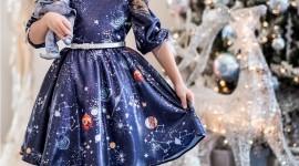 4K Christmas Dresses Wallpaper For IPhone