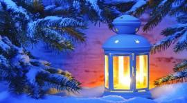 4K Winter Lantern Wallpaper Free