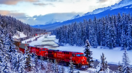 4K Winter Train Photo Download