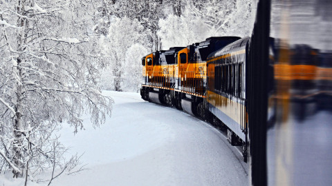4K Winter Train wallpapers high quality