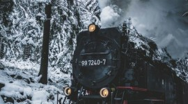 4K Winter Train Wallpaper For IPhone