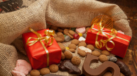 Bag With Christmas Gifts Wallpaper