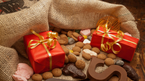 Bag With Christmas Gifts wallpapers high quality