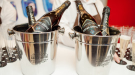 Champagne Bucket Desktop Wallpaper For PC