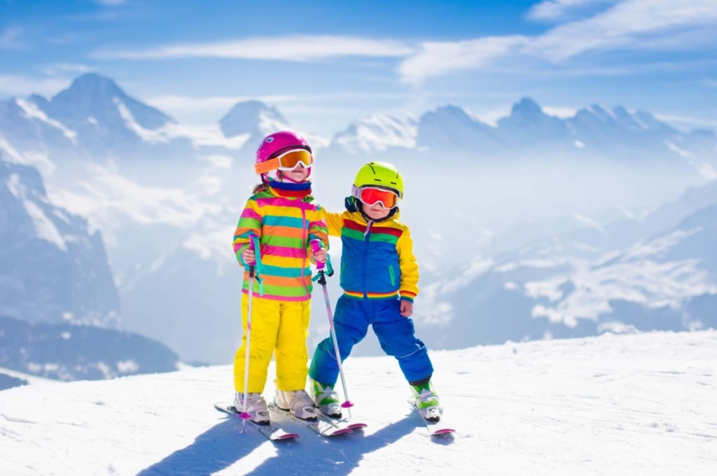 Children Skiing wallpapers HD