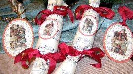 Christmas Crackers Photo Download