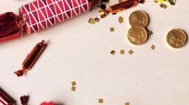 Christmas Crackers Wallpaper For Mobile