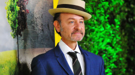 Fisher Stevens Wallpaper Background