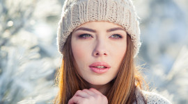 Girl Winter Hat Wallpaper Gallery