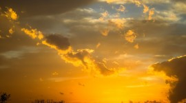 Golden Sky Desktop Wallpaper HD