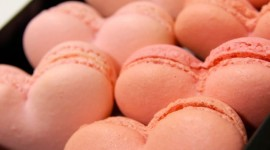 Heart Of Macaron Wallpaper For Android