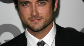 Justin Chatwin Best Wallpaper