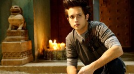 Justin Chatwin Wallpaper For IPhone