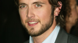 Justin Chatwin Wallpaper For IPhone Download