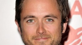 Justin Chatwin Wallpaper For IPhone Free