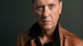 Richard E. Grant Wallpaper For IPhone Free