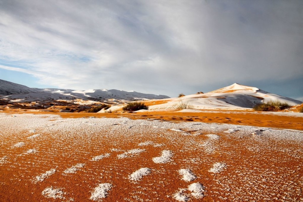 Snow Desert wallpapers HD