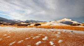 Snow Desert Best Wallpaper
