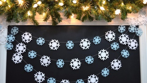 Snowflake Garland wallpapers high quality