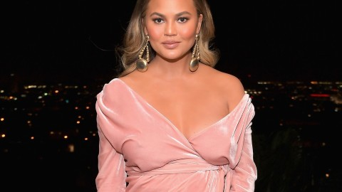 Chrissy Teigen wallpapers high quality