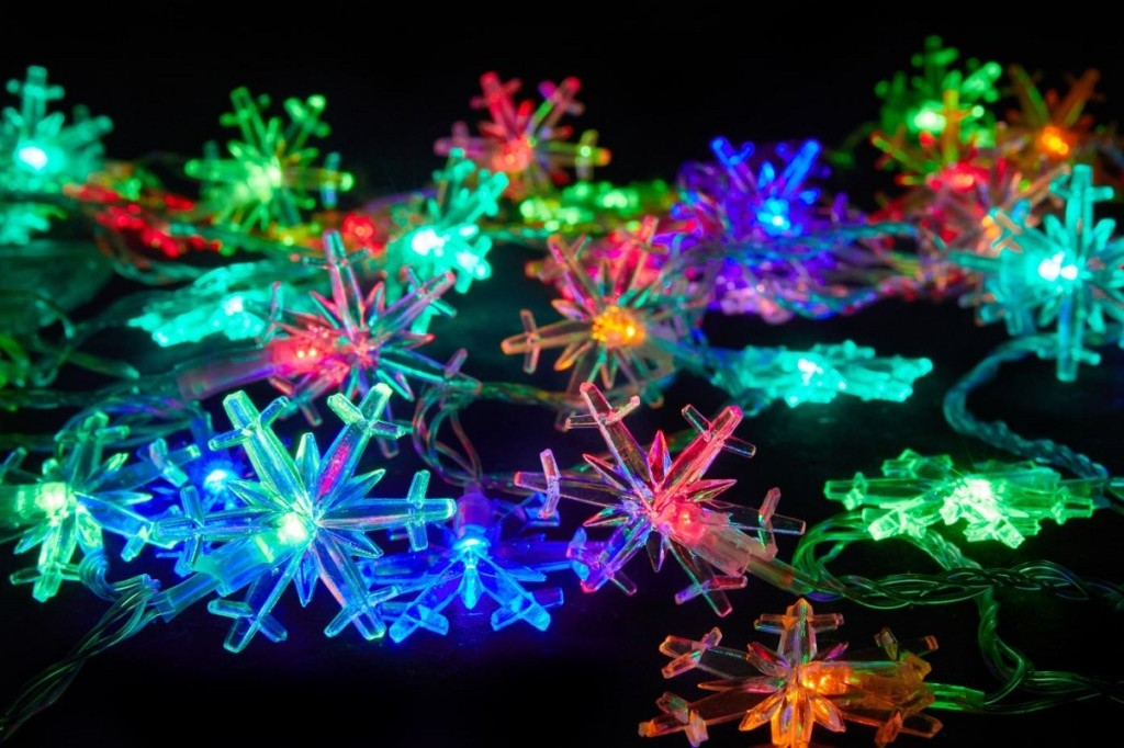 Colorful Snowflakes wallpapers HD